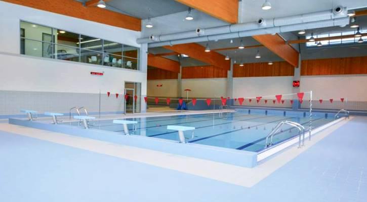 Plavecký bazén sportovního areálu Jedenáctka VS