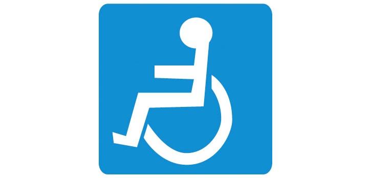 Piktogram bezbariérové přístupnosti areálu Jedenáctka VS pro pohybově hendikepované osoby.